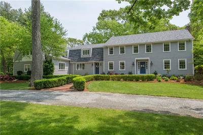 Warwick Single Family Home For Sale: 32 Heritage Dr