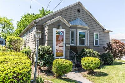 Providence RI Single Family Home For Sale: $235,000