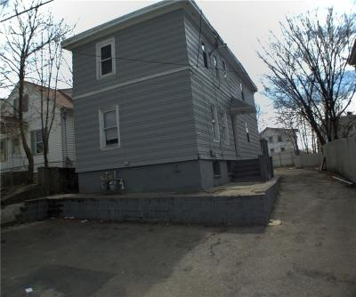 Providence RI Single Family Home For Sale: $89,900