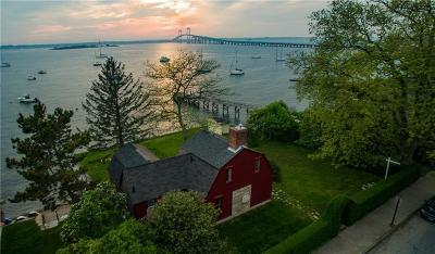 Newport Single Family Home For Sale: 88 Washington St