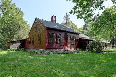 Scituate Single Family Home For Sale: 32 Huntinghouse Lane