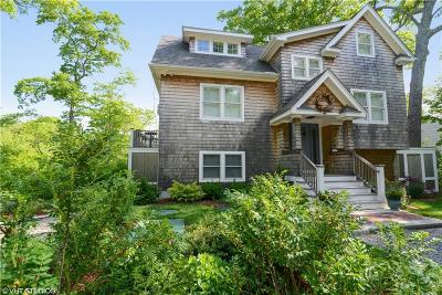 South Kingstown Single Family Home For Sale: 177 Indian Trl S