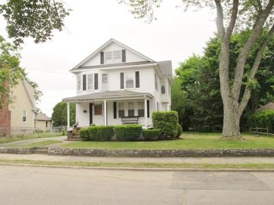 North Smithfield Single Family Home For Sale: 28 White Pkwy