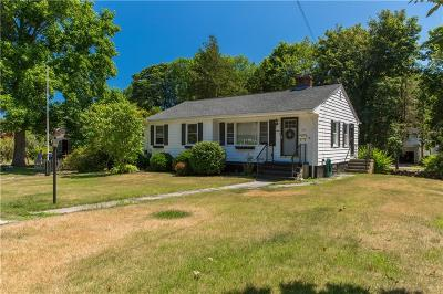 East Greenwich Single Family Home For Sale: 154 Sylvan Dr