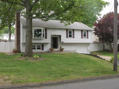 Cumberland Single Family Home Act Und Contract: 178 Curran Rd