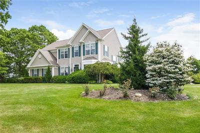 South Kingstown Single Family Home For Sale: 63 Day Lily Cir