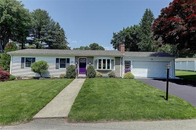 Cumberland Single Family Home Act Und Contract: 27 Monica Dr