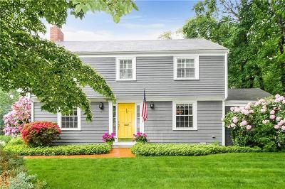 Bristol County Single Family Home For Sale: 146 Rumstick Rd