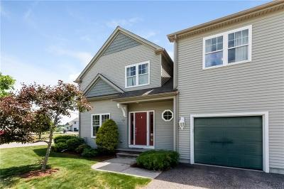 Westerly Condo/Townhouse For Sale: 222 Post Rd, Unit#3a #3A