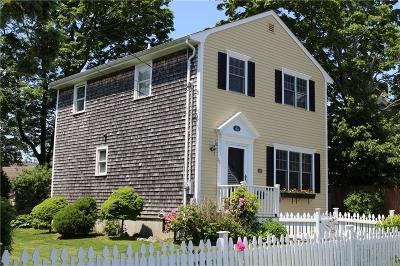 Newport County Single Family Home For Sale: 26 Mumford Av