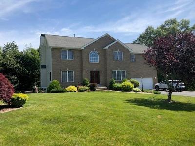 Cranston Single Family Home For Sale: 64 Lauren Ct