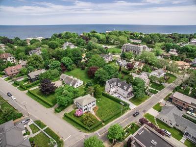 Newport Single Family Home For Sale: 206 Coggeshall Av