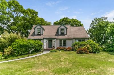 North Kingstown Single Family Home For Sale: 25 North Rd