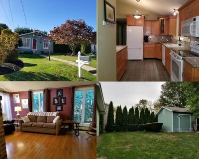 Cranston Single Family Home For Sale: 68 Arrow Wy