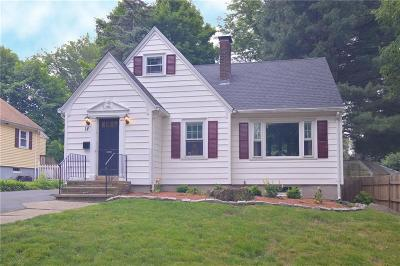 North Providence RI Single Family Home For Sale: $235,000
