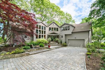 South Kingstown Single Family Home For Sale: 1097 Middlebridge Rd