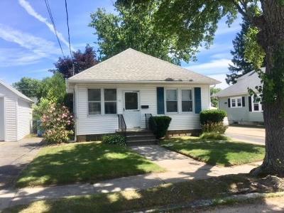 Cranston RI Single Family Home For Sale: $189,900