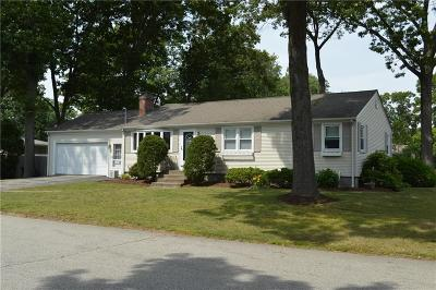 East Greenwich Single Family Home Act Und Contract: 31 Birchwood Wy