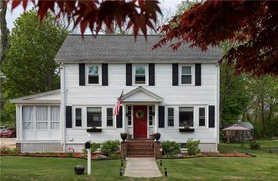South Kingstown Single Family Home For Sale: 35 Gould St