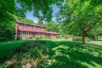 North Kingstown Single Family Home For Sale: 111 Juniper Dr