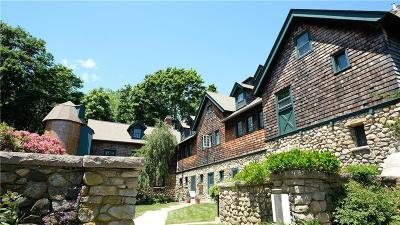 South Kingstown Condo/Townhouse For Sale: 59 Shadow Farm Wy