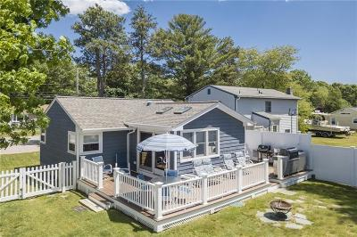 South Kingstown Single Family Home For Sale: 300 Holly Rd