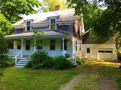 North Kingstown Single Family Home For Sale: 39 Ferry Rd