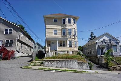 Providence RI Multi Family Home For Sale: $289,000