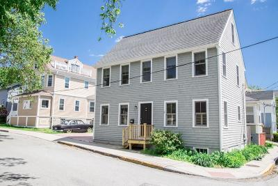 Newport Single Family Home For Sale: 35 Bacheller St