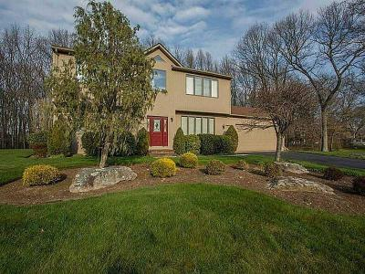 Cranston Single Family Home For Sale: 50 Regal Wy