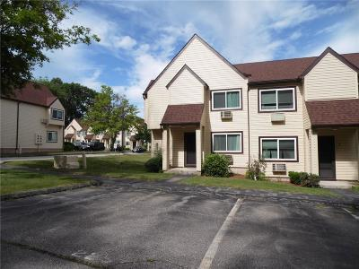 Westerly Condo/Townhouse For Sale: 225 High St, Unit#t #T
