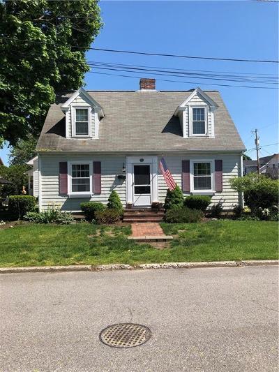 Pawtucket Single Family Home For Sale: 36 Albert St