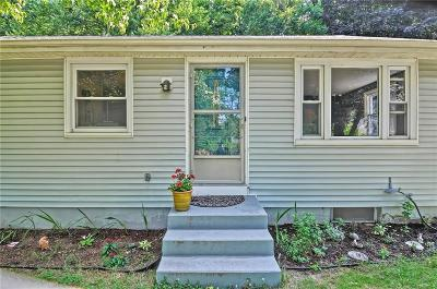 Bristol County Single Family Home For Sale: 4 Arthur Av