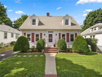 Cranston Single Family Home For Sale: 32 Paine Av
