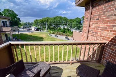 Warwick Condo/Townhouse For Sale: 3940 Post Rd, Unit#21 #21