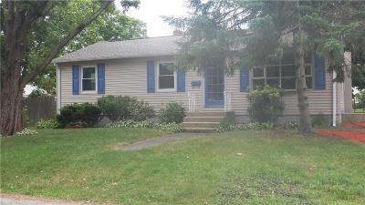 Warwick Single Family Home For Sale: 17 Brentwood Av