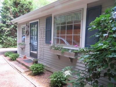 Middletown Single Family Home For Sale: 119 Howland Av
