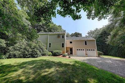 Bristol County Single Family Home For Sale: 11 Lister Dr
