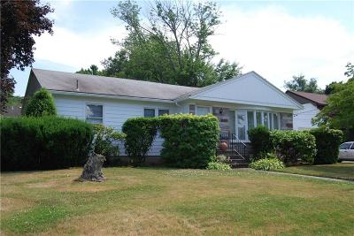 Johnston RI Single Family Home For Sale: $289,900
