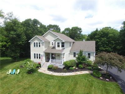 North Kingstown Single Family Home For Sale: 451 Westmoreland Lane