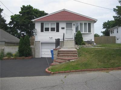 Single Family Home For Sale: 12 Freehold Av