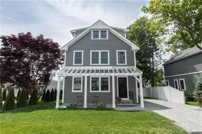 Newport Single Family Home Act Und Contract: 6 Wilbur St