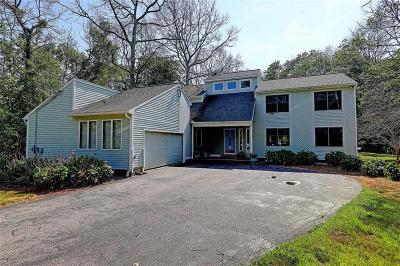 Washington County Single Family Home For Sale: 2 Oak Hill Dr