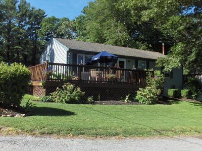 South Kingstown Single Family Home For Sale: 6 White Birch Trl