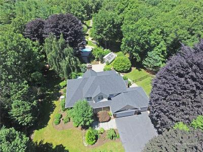 North Kingstown Single Family Home For Sale: 106 Mourning Dove Dr