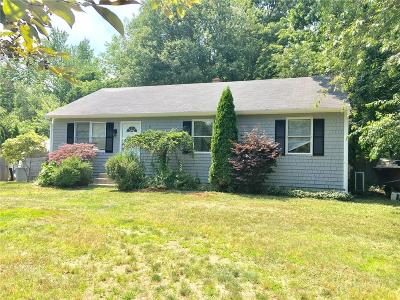 South Kingstown Single Family Home For Sale: 248 Holly Rd