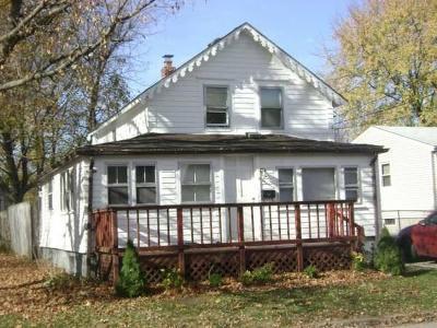 Warwick Single Family Home For Sale: 343 Pequot Av