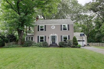 Bristol County Single Family Home For Sale: 24 Humphreys Rd