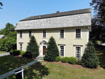 Portsmouth Multi Family Home For Sale: 390 Glen Farm Rd