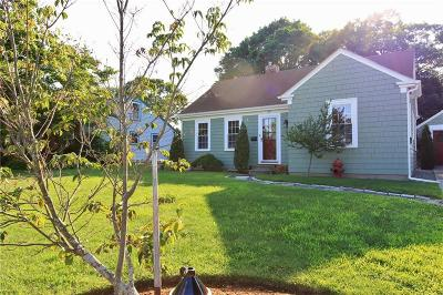East Providence Single Family Home For Sale: 50 Forbes St